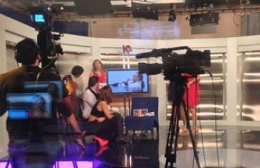 presentadores plato alumnos produccion television tracor