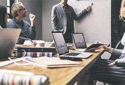 master en produccion de contenidos audiovisuales multiplataforma director de produccion
