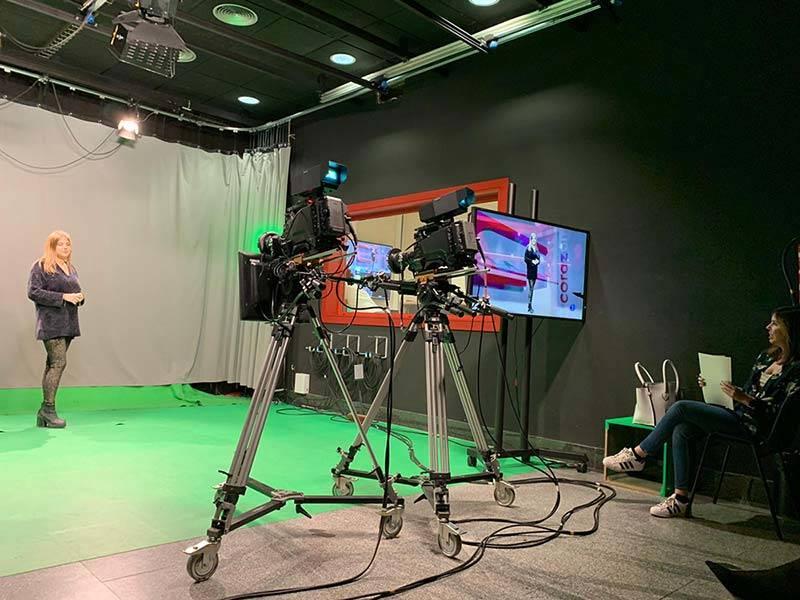 reporteras tracor en tecnicas presentacion frente camara