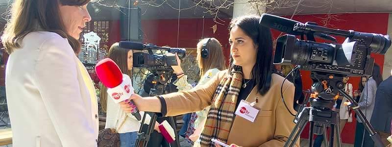 alumna master reporterismo tv entrevista woman week